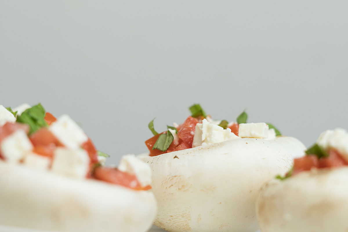 Sommerküche Tomaten : Sommerküche gefüllte champignons mit schafskäse und tomaten u oh